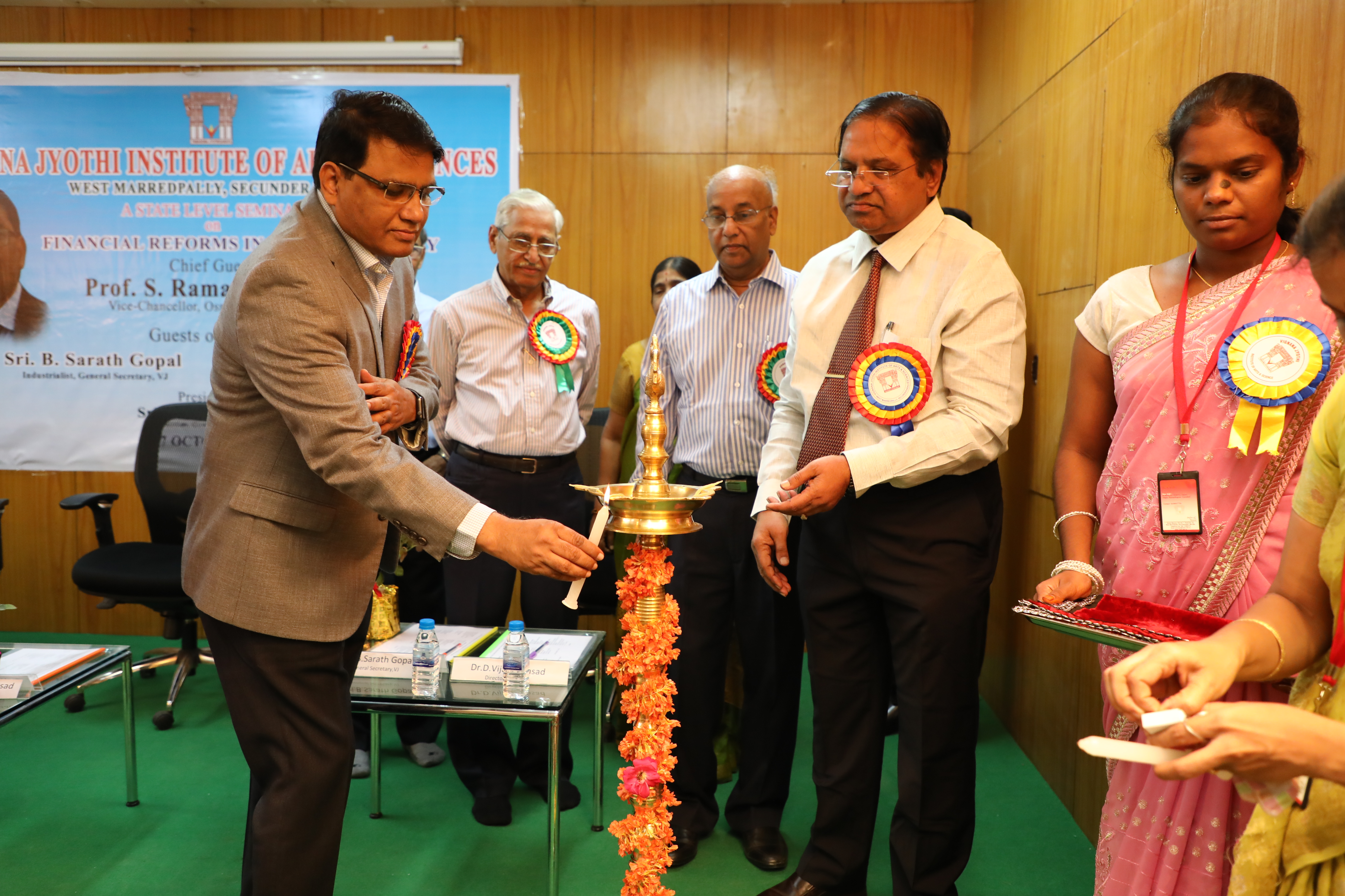 Chief Guest LIghting up the Lamp